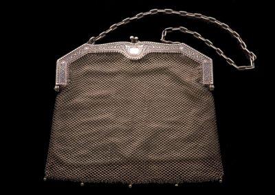 me_12-Handtasche-von-WMF-um